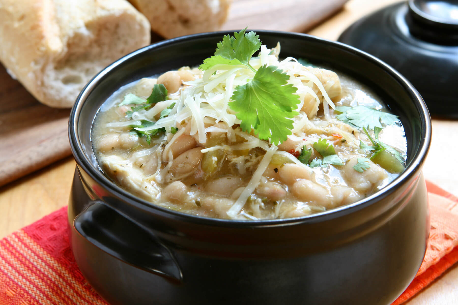 CHICKEN AND WHITE BEAN CHILI…CLEAN EATING STYLE